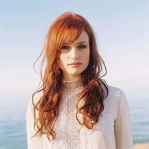 Gallery pianoman redhead