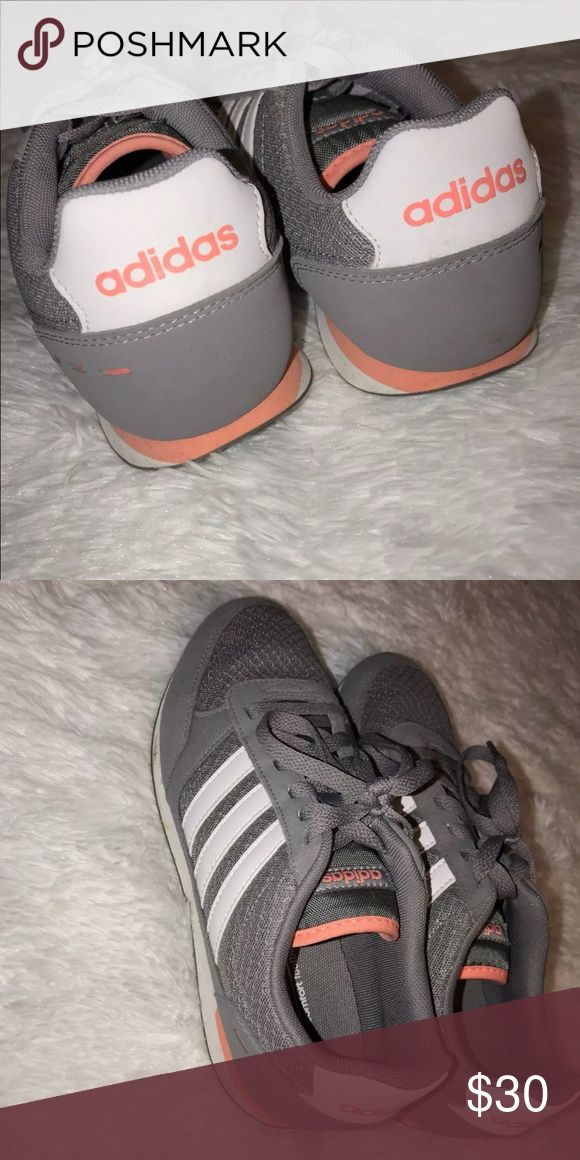 adidas tennis shoes women's adidas tennis shoes. very good condition worn only a couple of times adidas Shoes Athletic Shoes