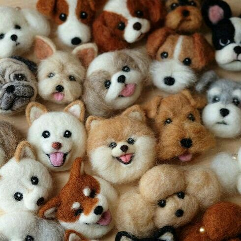 These puppies made of felt look so realistic. That's incredible.