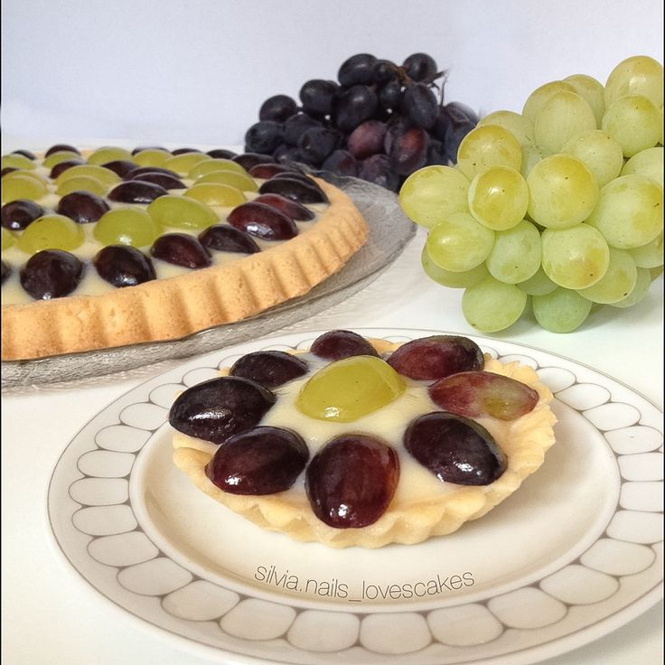Crostata di Frutta all'Uva