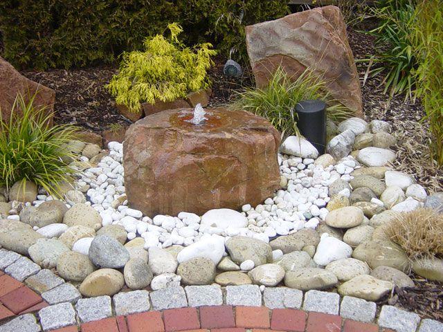 Teiche, Bachläufe, Quellsteine und Becken von Koch Garten- und - garten und landschaftsbau bilder