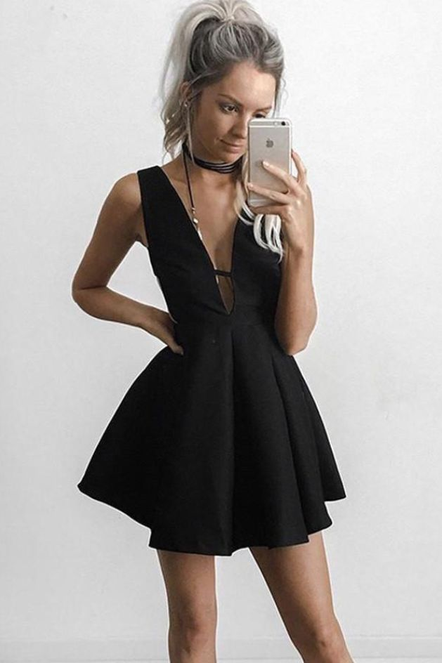 Sexy Black V-neck Sleeveless Short Prom Dress, Cheap  #Short Homecoming Dress #HomecomingDresses #Short PromDresses #Short CocktailDresses #HomecomingDresses