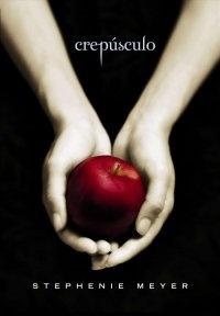 """"""" Crepúsculo """" – A romântica - e sangrenta - história de amor entre a mortal Bella e o vampiro Edward não escapou do julgamento de pais americanos mais tradicionais. A série de livros de Stephanie Meyers , lançada a partir de 2005, está na quinta posição do relatório anual de livros proibidos nos EUA. Os romances da autora causam desconforto por, supostamente, terem apelo sexual forte e por tratarem de assuntos sobrenaturais."""