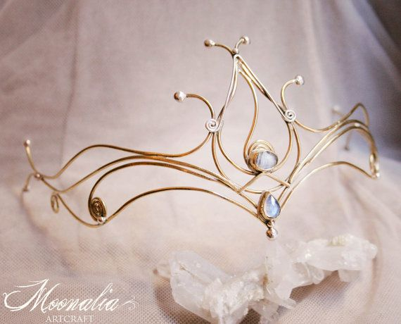 Sparkling Dreams Moonstone Tiara. I love this, it's very Lord of the Rings.