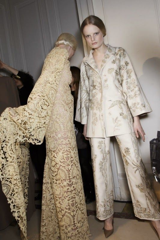 ANDREA JANKE Finest Accessories: Paris Haute Couture 'Revisited': VALENTINO, ELIE SAAB, Giambattista Valli, ALBRECHT OLLENDIEK, Alexandre Vauthier, DIOR, Atelier Versace and many more! #Valentino #HauteCouture