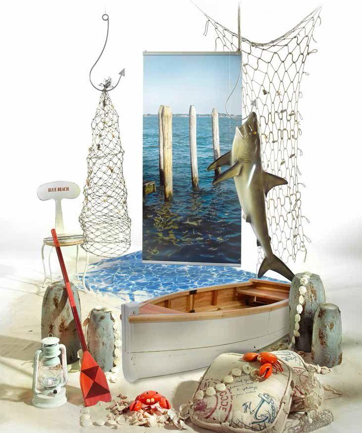Pesca tra i pescecani: barche, remi, lanterne, gabbiani, ami giganti e reti (Fishing world)