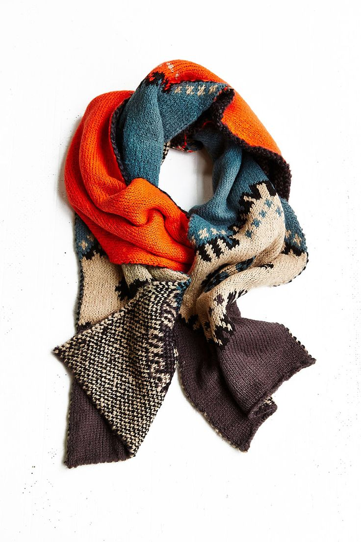 21 Chunky Knit Scarves For Fall - Page 4