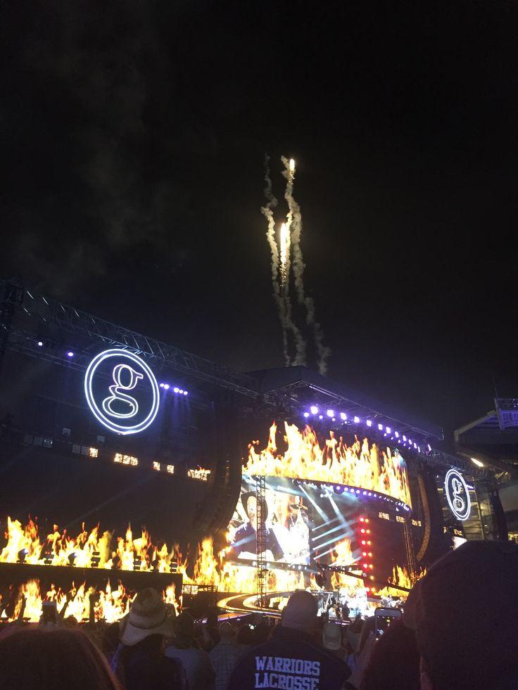 Garth Brooks at Yankee Stadium on July 9, 2016