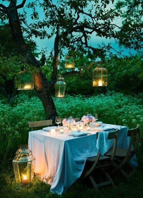 secret garden area- dining area