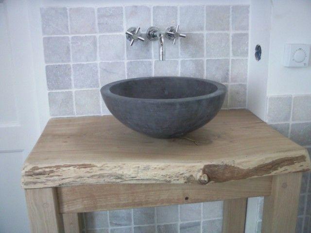 Geldersche Stijlgroep uit Vaassen - Chinees hardsteen waskom eikenhout meubel