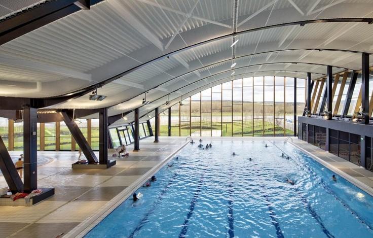 The Mantes-La-Jolie Water Sports Center: Paris, France