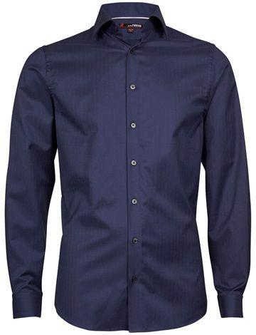 Klassisk skjorte i 100% tolags Egyptisk bomull. Dressmann