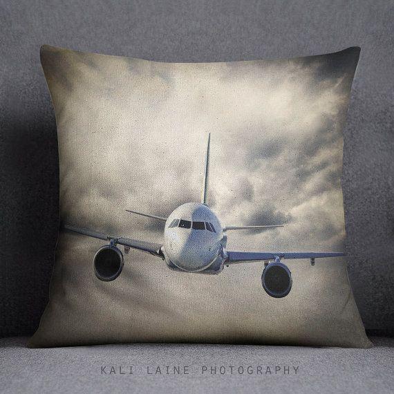 CUSCINO di tiro aereo - aereo di cielo nuvoloso gettare cuscino, Nursery Decor, arredamento della camera ragazzi, Home Decor, cuscino caso ragazzi, aereo, aeroplano, cielo