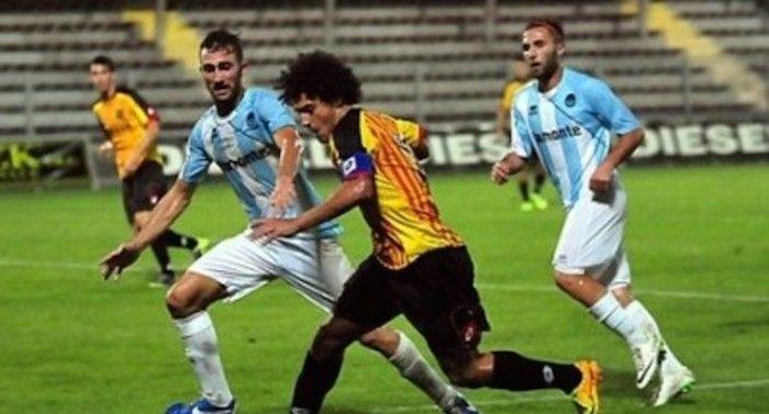 Lega Pro, 27/a giornata nel girone A: Pavia, Novara e Alessandria non perdono un colpo - http://www.maidirecalcio.com/2015/03/02/lega-pro-27a-giornata-nel-girone-a-pavia-novara-e-alessandria-non-perdono-un-colpo.html