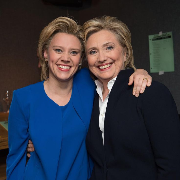 Kate McKinnon and Hillary Clinton . SNL: https://www.youtube.com/watch?v=6Jh2n5ki0KE . Kate's Clinton/Cohen Tribute on SNL: https://www.pinterest.com/pin/152278031130354178/