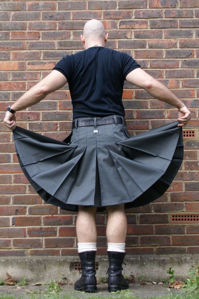 Contemporary kilt