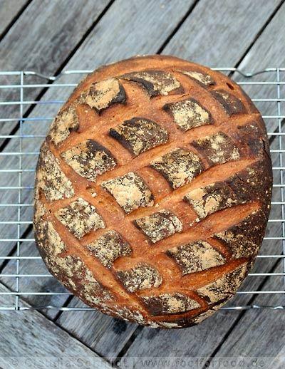 Pane Casalingua, crusty Italian bread recipe #baking