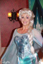 Pildiotsingu anna disneyland tulemus disney princess pinterest frozens anna and elsa come to disneyland m4hsunfo