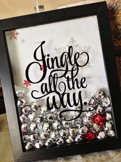 "Tutorial on how to make this adorable ""jingle all the way"" framed picture with or without a vinyl cutting machine. #christmas #diy"