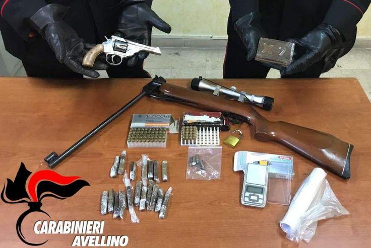 Avellino, scovate armi illegali e droga in uno scantinato: in corso indagini