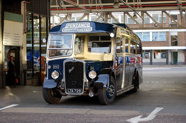 Bristol 1250 in 'Royal Blue Coaches' livery