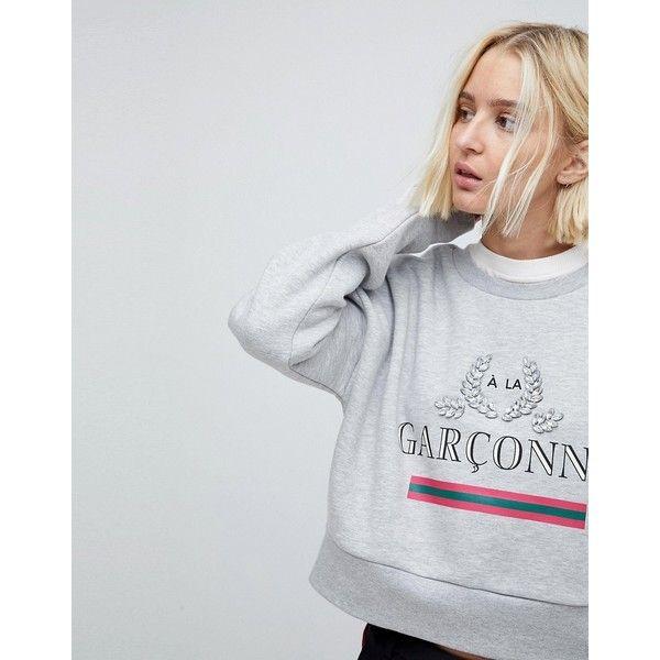 Stradivarius Garcons Sweat With Embellishment ($33) ❤ liked on Polyvore featuring tops, hoodies, sweatshirts, grey, grey crewneck sweatshirt, print sweatshirt, crewneck sweatshirt, crew neck sweatshirts and denim sweatshirt