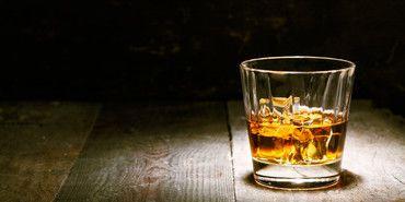 Homemade cinnamon whiskey