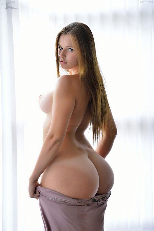 Big ass n titties