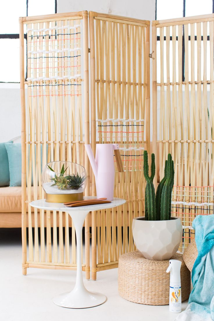 DIY Woven Room Divider! Use this hack to entertain, add some color to a room, and up your home decor game on a budget..