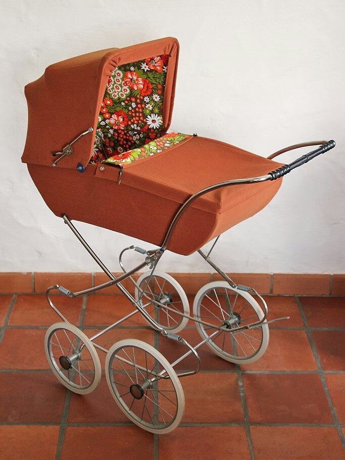 vintage baby carriage kinderwagen 70 39 s vintage antiques pinterest style coaches. Black Bedroom Furniture Sets. Home Design Ideas