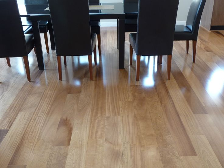 Kambala 1 strip flooring has beautiful soft nutty tones and a perfect amount of contrast.