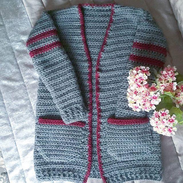 cardigan a crochet Por fin!!!!!! Terminado mi #chillpillcardigan de @evelynandpeter que ganitas tenía!!!! Bueno en breve una foto con el puesto!  #crocheteandoconangie  #handmade  #crocheting #crocheter #crocheted #artoftheday #hechoamano #crocheteveryday #crochetadict  #ganchillo #ganchillocreativo #craft #crafty  #hazlotumismo #doityourself #tejer #tejido #diy #yarn#crochetlife #craftersforinstagram #crafter #art #igers  #woolandthegang #shareyourknits #crochetlove #boho #knit