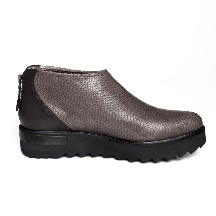 Zurbano | Husk - fish scales print leather ancle boots in grey brown colour