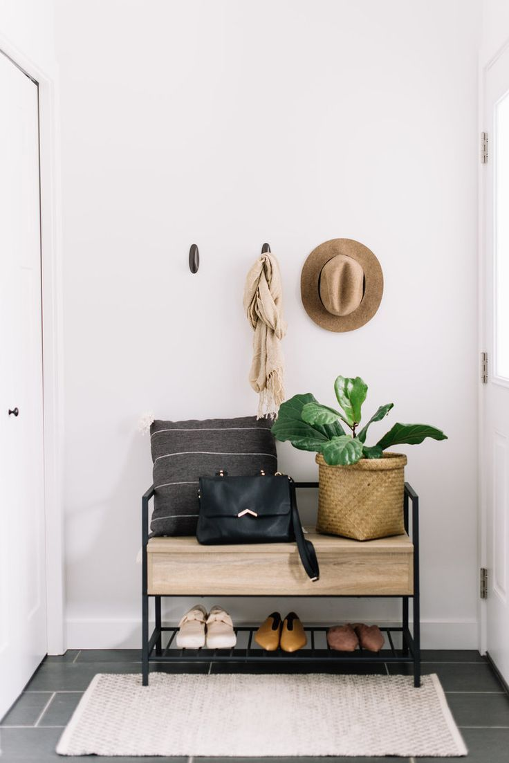 Small Space Storage 204 Park Small Apartment Entryway Small Room Design Apartment Decor