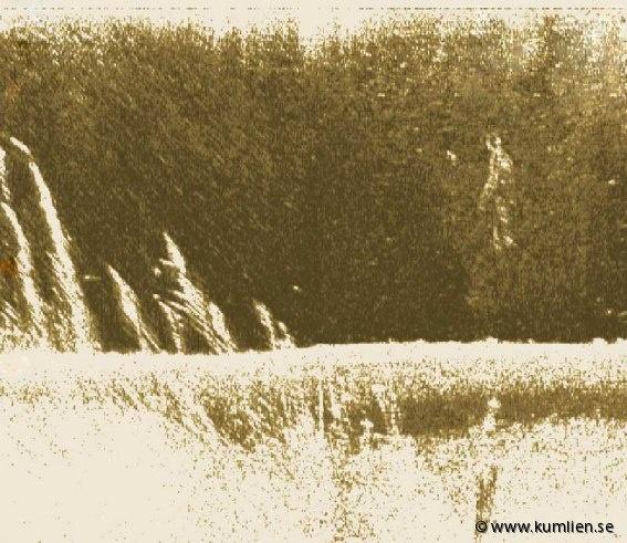 Echograms | Anders Kumlien konstnär artist @kumlien.se  #sidescan sonar, lowrance lss-1, simrad, echoe, echogram, sonogram, underwater, art, bottom formations, figures, sheetmetal, descending