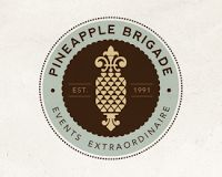Brand New Bridge: スタイリッシュなエンブレムロゴデザイン 50選