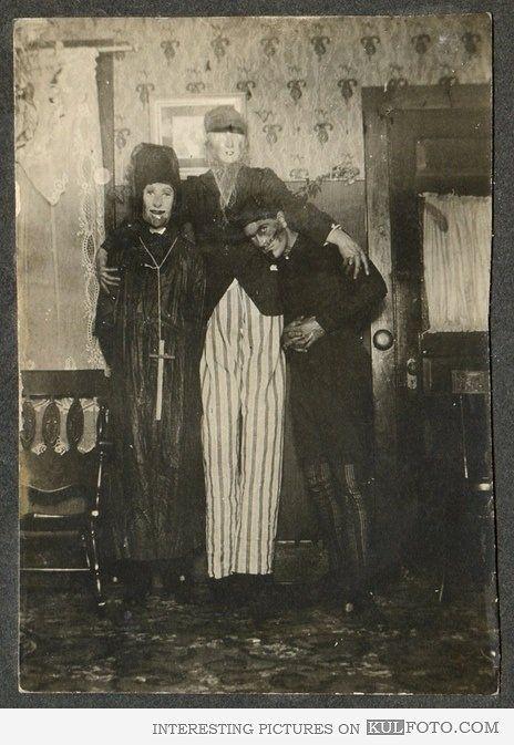 halloween in 1900 was way creepier - Halloween Costumes 1900