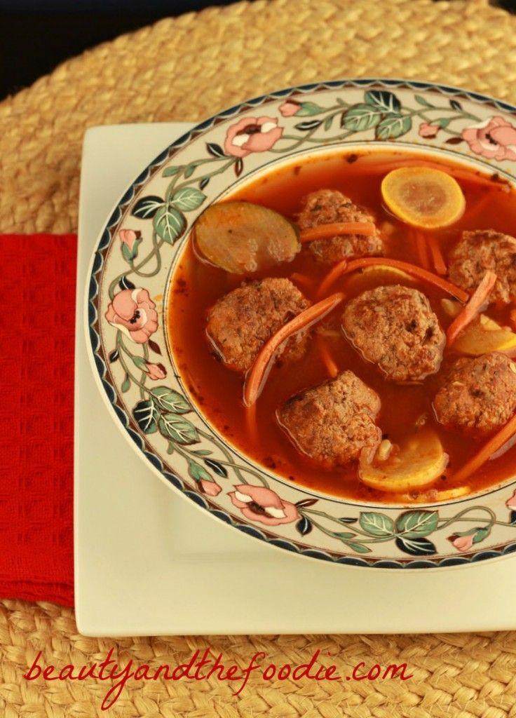 Paleo Italian Meatball Soup (crock pot) | www.beautyandthefoodie.com