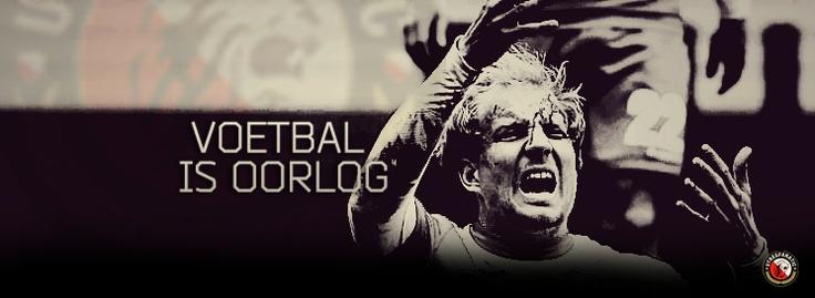 Facebook banner 'Voetbal is oorlog' met een bloedende Demouge