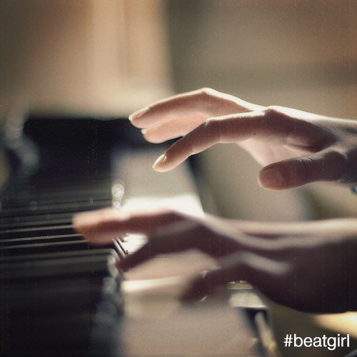 The thing is, once music enters your life, and becomes your vocation, you do what it takes, even if it means long stints of travel and extended absences from your loved ones. #beatgirl #piano #music #travel