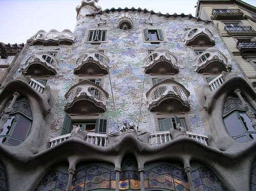 Antoni Gaudi Casa Batlló's facade - Barcelona | Flickr - Photo ...