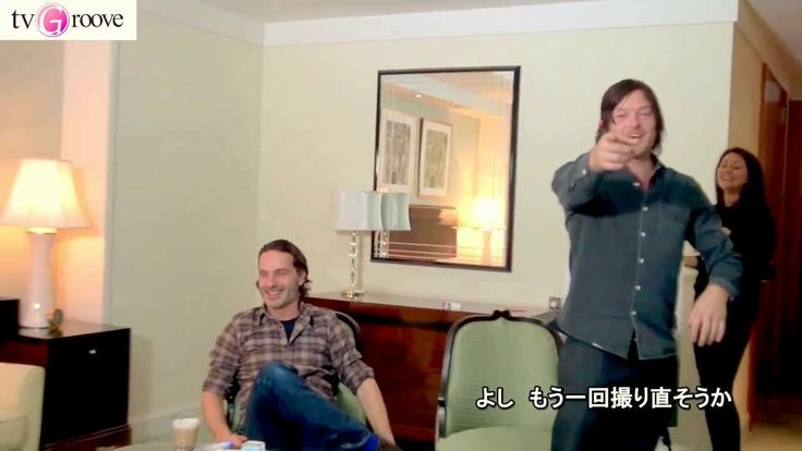 Norman Reedus prank on Andrew Lincoln is hilarious!! The Walking Dead: So funny! I love their bromance so much!