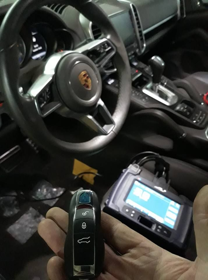 Porsche Cayenne 2017 Usa Full Smart 315mhz All Key Lost Programming With Lonsdor K518 The Operation Last Key Programmer Porsche Cayenne 2017 Porsche Cayenne