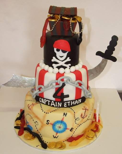 pirate themed wedding cakes best 25 pirate cakes ideas on pirate birthday 18618