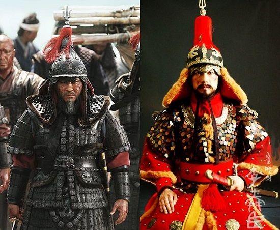 Korean armour, Joseon dynasty.    <명량>과 <불멸의 이순신>의 이순신 장군 <명량>의 이순신 장군(최민식 분)과 <불멸의 이순신>의 이순신 장군(김명민 분)의 갑옷 양식이 다르다. <명량>은 당대 고증에 맞는 찰갑에 상상력을 덧붙인 경우이며, <불멸의 이순신>의 이순신 갑옷은 조선 후기에 등장하는 두석린갑주다.