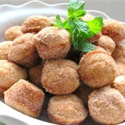 Donut Muffins. Super easy and very good. Can easily be made vegan, gluten free or dairy free with easy tweaks.