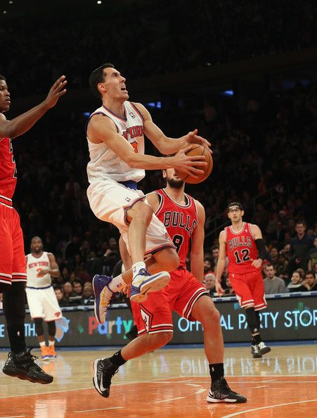 Pablo Prigioni #9 of the New York Knicks scores two in the fourth quarter against the Chicago Bulls at Madison Square Garden on December 21, 2012 in New York City.