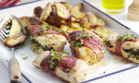 Herb-Stuffed-Chicken-Tomato-Salad-Spry
