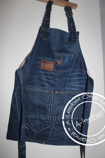 Kinderkookschort voor Indy (6) gemaakt. Van old jeans! Made by A-leebel.nl