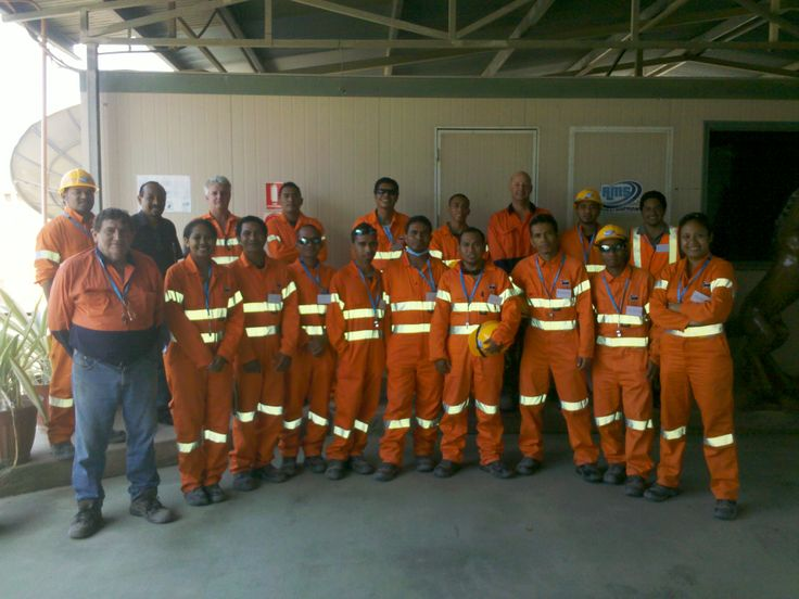 Graduating Class of 2013 - East Timor Dogging and Rigging Training